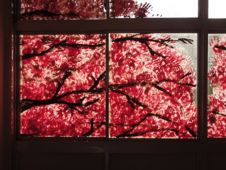 Spectacular cherry blossom murals made with hand prints for Bloody wall mural