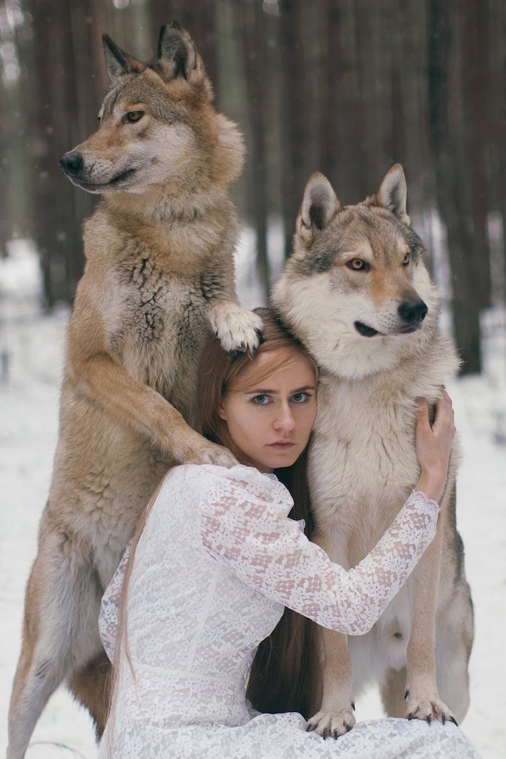 More Gorgeous Portraits of Women with Wild Animals by