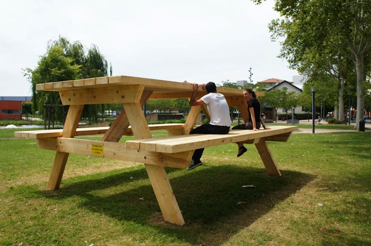 giant picnic table creates confusing optical illusion. Black Bedroom Furniture Sets. Home Design Ideas