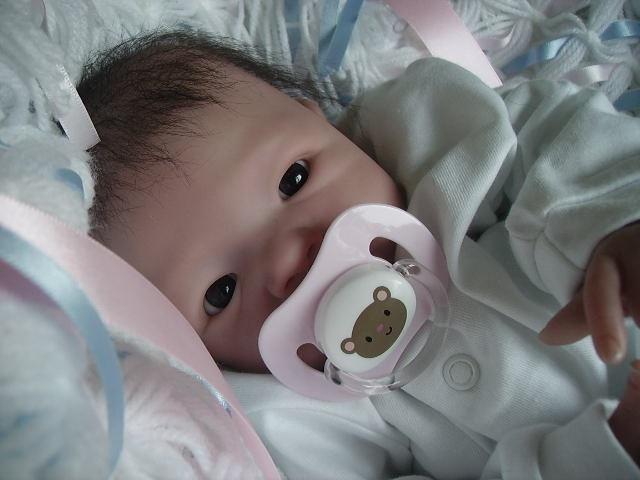 Hyper Realistic Newborns 10 Pics