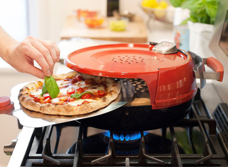 Pizzeria Pronto Turns Any Gas Stove Into a Portable Pizza Oven in Just 15 Minutes