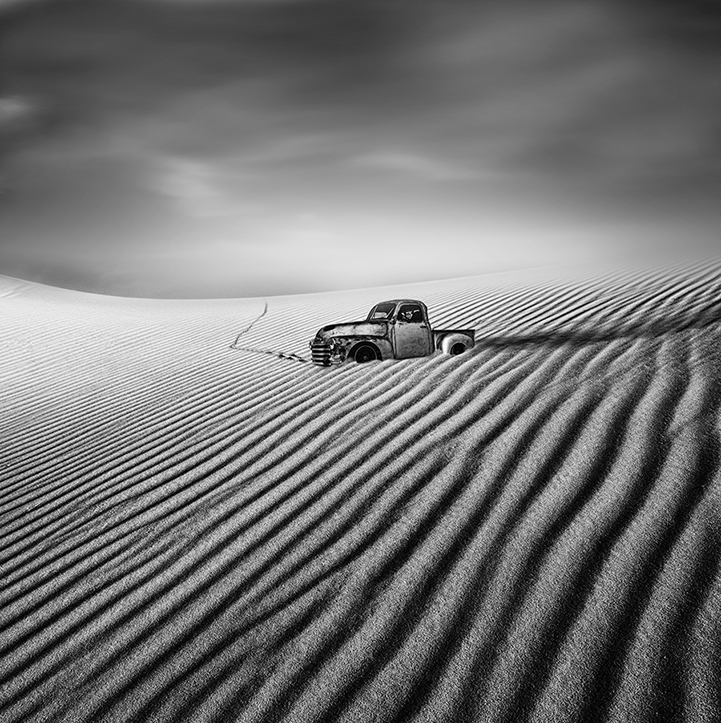 Expressive black and white long exposure landscapes