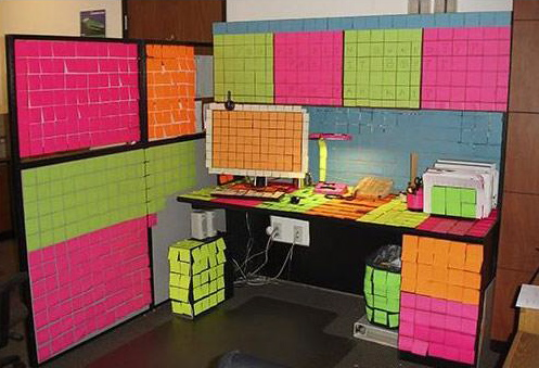when cubicle mates attack awesome office pranks 14 pics