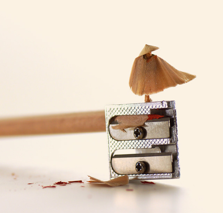 Miniature Calendar.Whimsical Miniature Worlds Created Every Day For A 365 Day Calendar