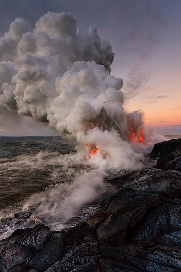underwater volcano pictures - 640×960