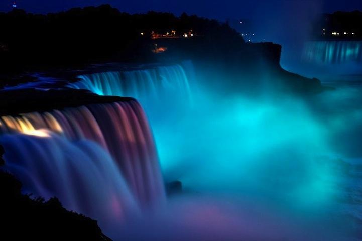 Niagara Falls 39 Stunning Festival Of Rainbow Lights