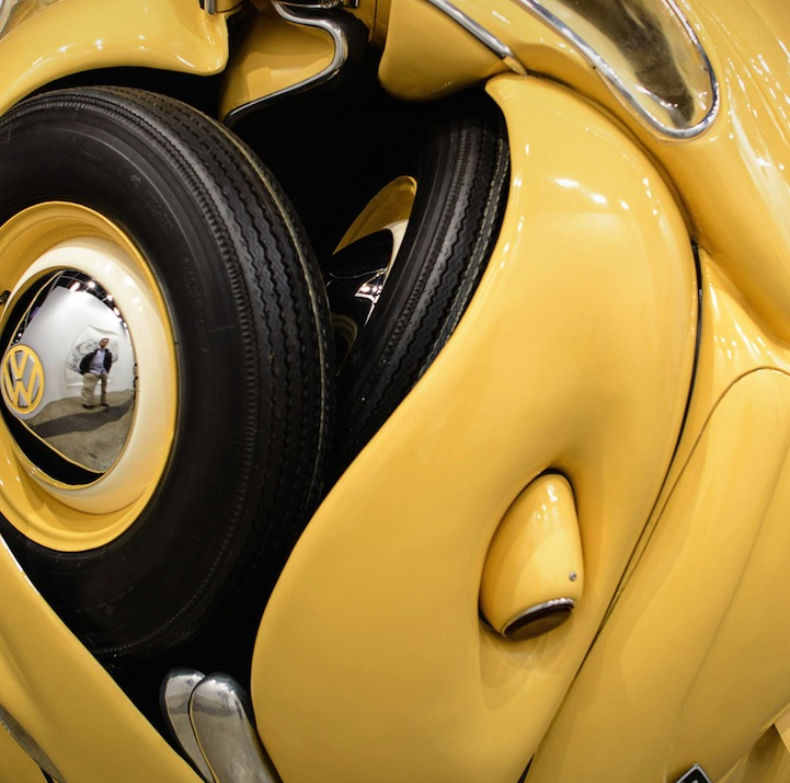VW Beetles Compressed Into Circular Balls And Cubes