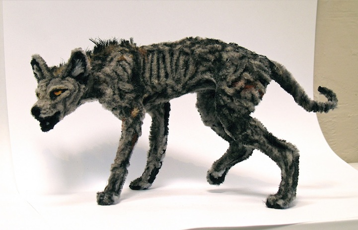 & Incredibly Realistic Animal Sculptures Made of Pipe Cleaners