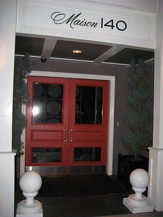Bar noir maison 140 hotel beverly hills for 140 maison beverly hills