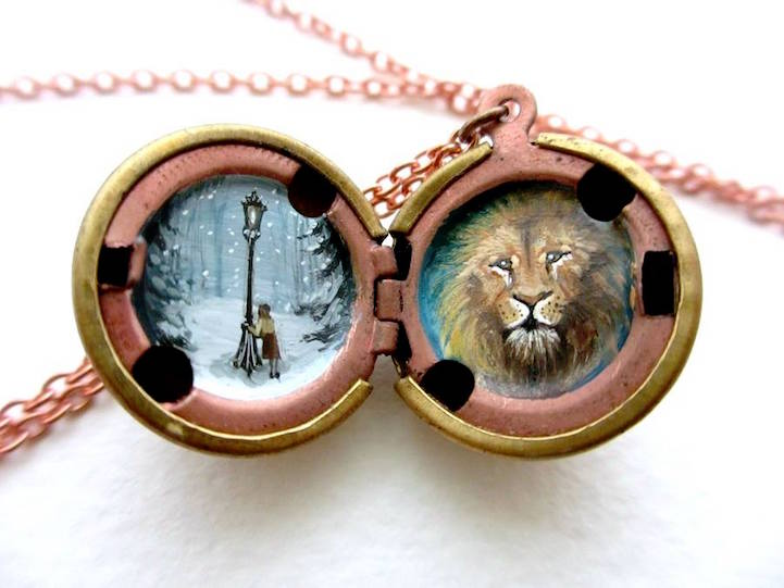 lockets can by ysatiss eye you on vaenoxx deviantart dragon they see cat art locket
