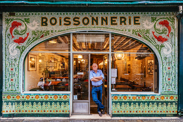 Colorfully decorative storefronts reveal the story of paris - Ancienne vitrine de magasin ...