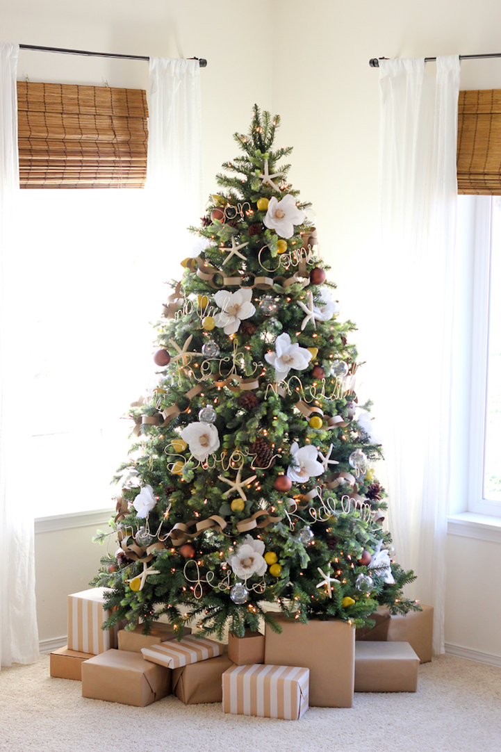 Christmas Trees Are Decorated with Flowers Instead of ...