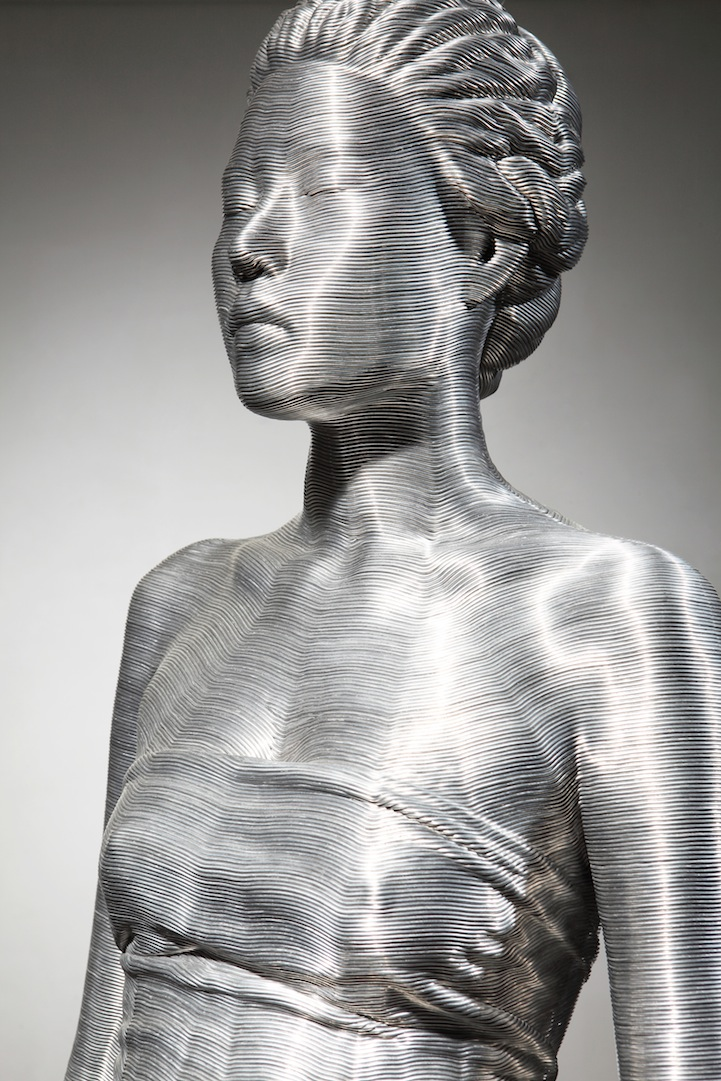 Aluminum Wire Sculptures by Seung Mo Park