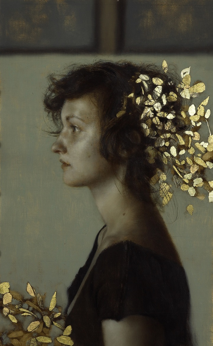 Oil paintings illuminated with flakes of gold for Gold paintings on canvas