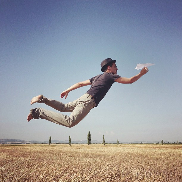 Fantastic IPhone Photos Of People Floating In Mid Air