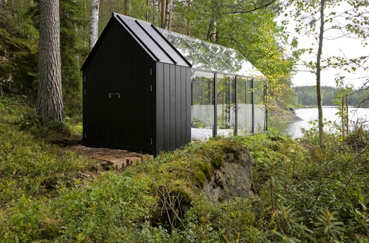 GlassCovered Modular Greenhouse Provides Spectacular Views of Nature