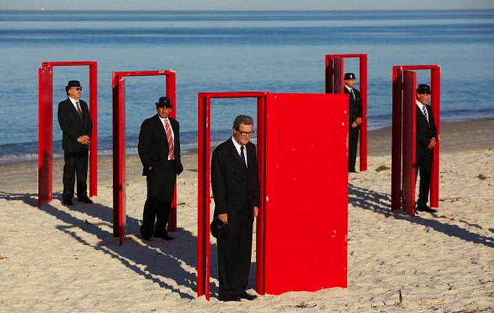 A few months ago artist Andrew Baines produced this project entitled Doorways to Potential along Henley Beach in Australia. The performance installation ... & Doorways to Potential