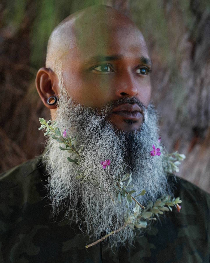 Men Flower Beard Trend