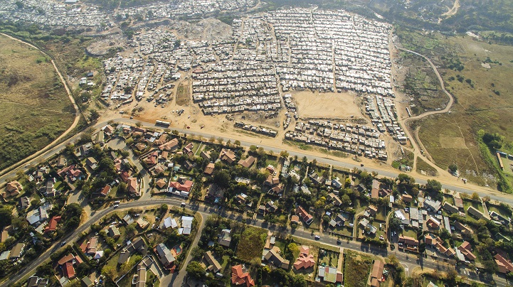 Eye-Opening Aerial Photos Explore the Division Between ...