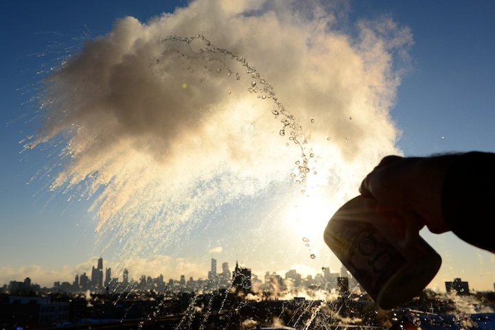Photography Classes Chicago >> Polar Vortex: Chicagoan Turns Boiling Water into Cloud