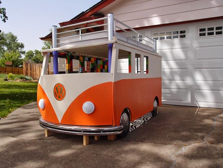 Creative Dad Builds Amazing Volkswagen Bus Bed For His Daughter