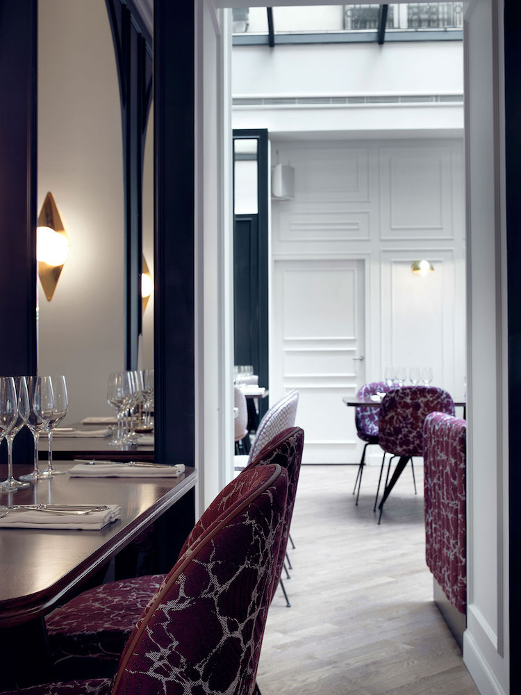 Elegant Restaurant With Glass Ceilings Within Bachaumont Hotel