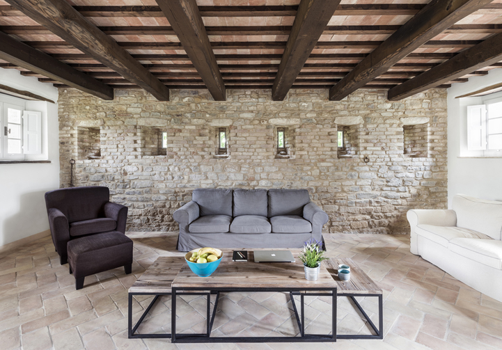 Rustic stable house is disassembled and transformed into for Interior design holiday villa
