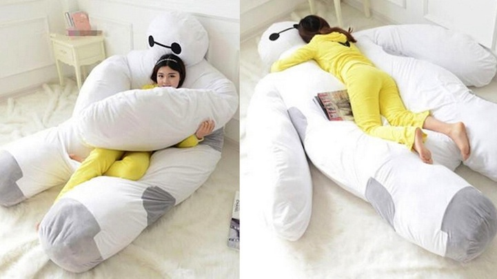Bay Max Stuffed Doll BIG Size Baymax Holding Pillow Paw Pillow Disney Resort