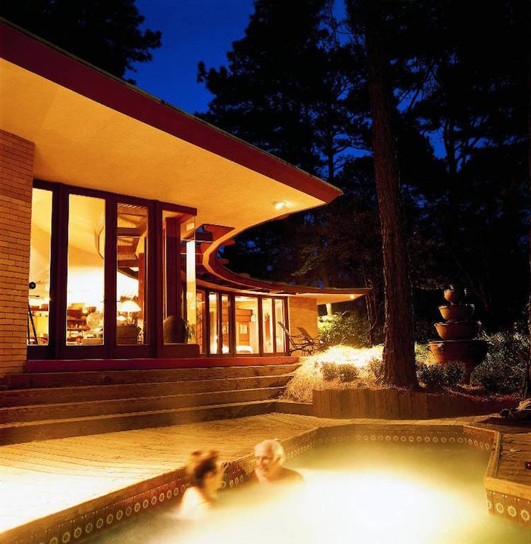 Beach House Designed By Frank Lloyd Wright Is Available On