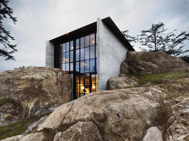 House fortress built within rocks 11 pics