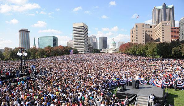 DPRK: Thousands of People Gathering, Denouncing Lee Myung-bak ...