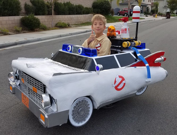 Dad Hooks Up His Son's Wheelchair With Custom Ghostbusters Halloween Costume