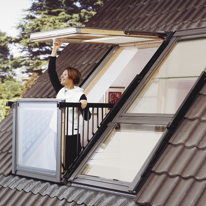 Innovative Skylight Window Easily Transforms Into Rooftop