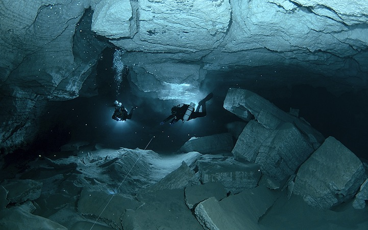 Russia S Longest Underwater Cave 14 Photos