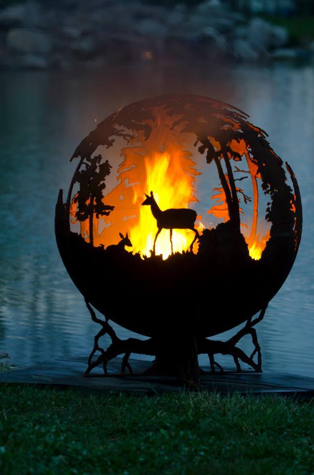 The Fire Pit Gallery website via [Trust me, I'm a Designer] - Forest Fire Pit By Melissa Crisp