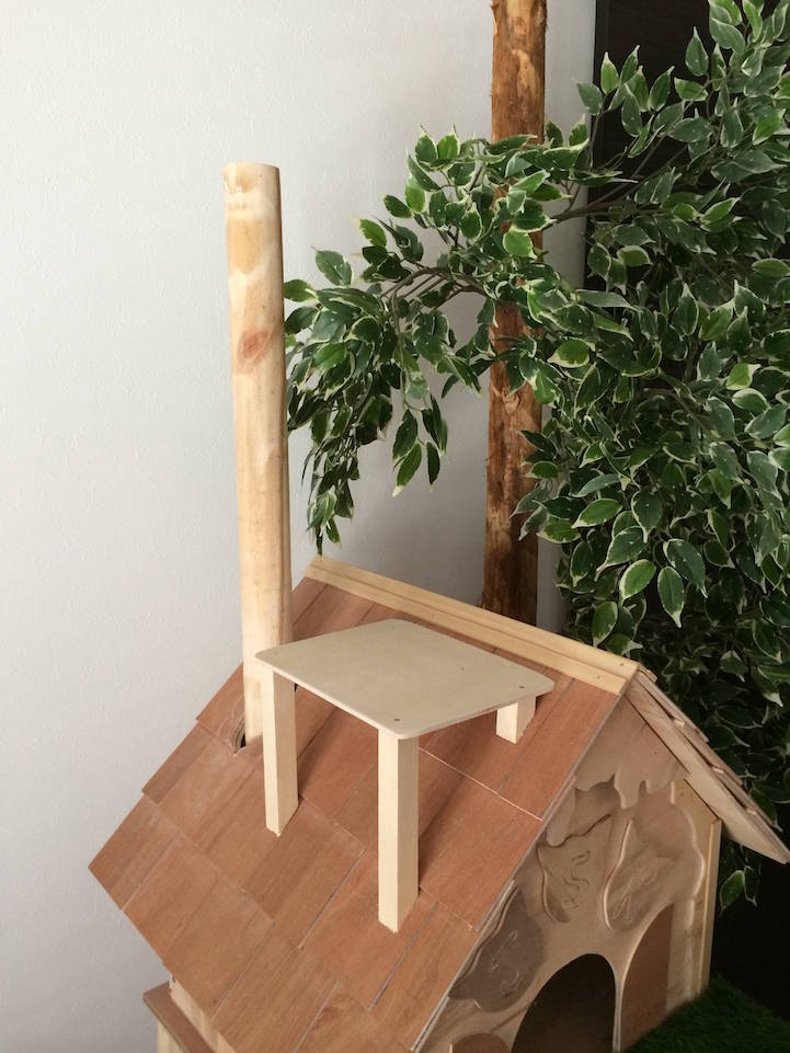 Diy cat tree offers alternative to conventional scratching for Design your own cat tree