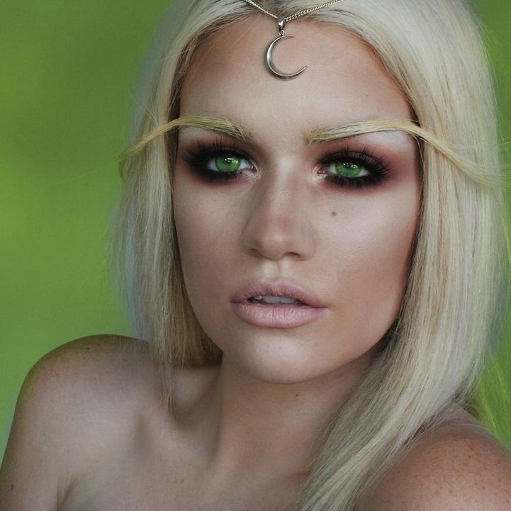 15 Incredible Halloween Makeup Transformations