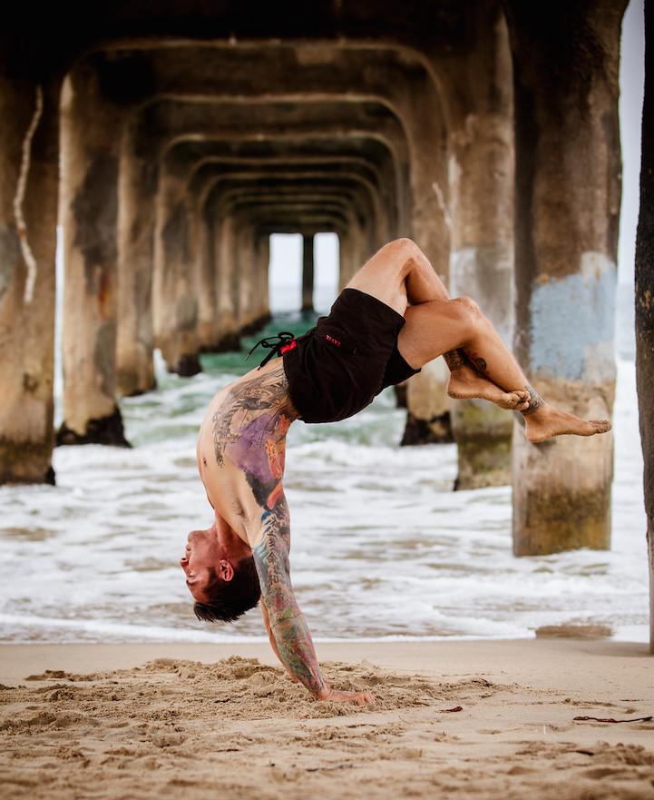 Ashtanga yoga strength and flexibility - 2 7