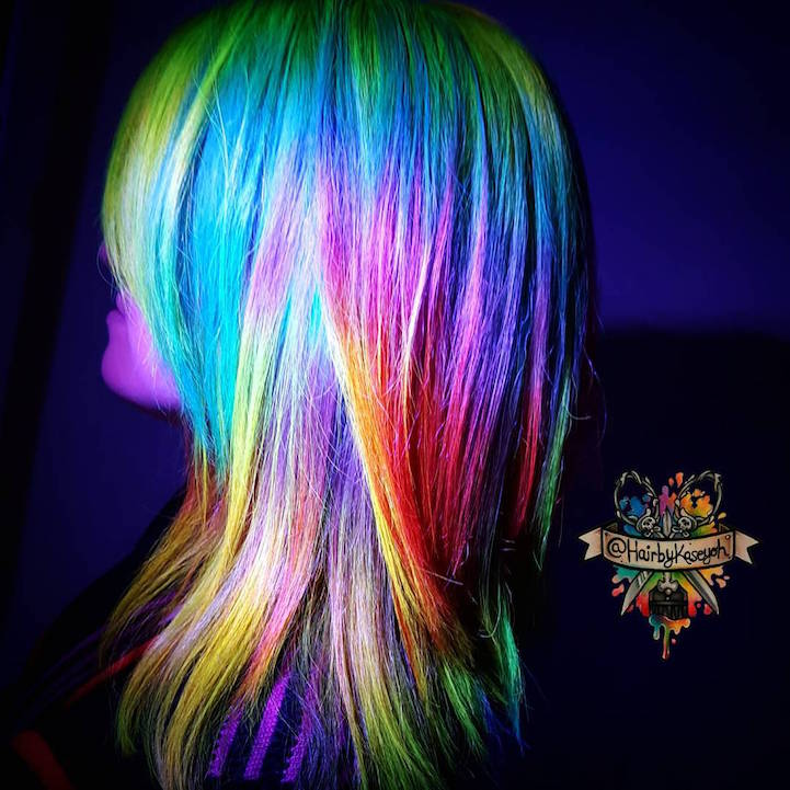 Glow In The Dark Hair Is The Latest Fun Hair Trend To