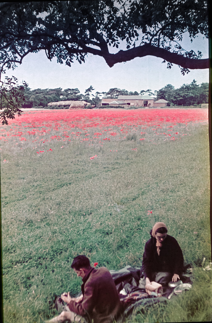 Long Lost Color Photos From 1939 Reveal Life In England On