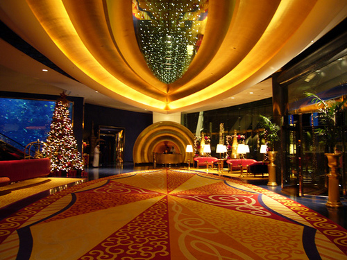 Inside the Spectacular Burj Al Arab, Dubai  (14 pics)