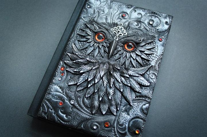 Book Cover Artist Career : Artist quits job to craft beautiful handmade fairy tale