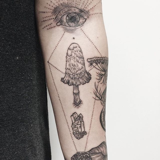 Nature-Inspired Tattoos Combine Vintage-Style Etchings Of