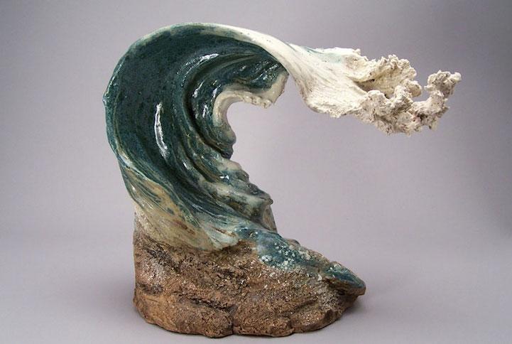 Ocean Inspired Ceramic Sculptures Resemble Cresting Waves